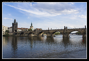 Charles_Bridge_and_Gate.jpg