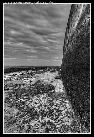 Kingsgate_Bay_Kent_Sea_Wall.jpg