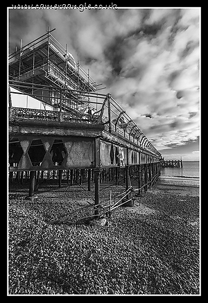 South_Parade_Pier_Southsea.jpg